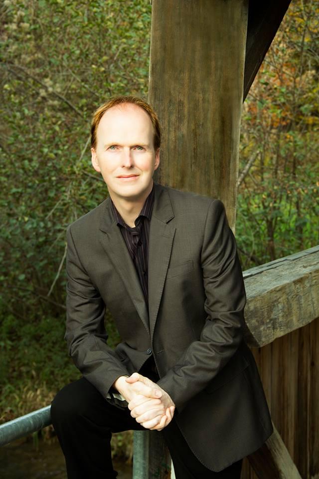 Roderick Benns.